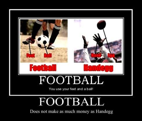 Ảnh chế chế nhạo các gọi soccer của người Mỹ